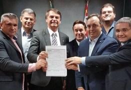 Bolsonaro se filia ao Patriota e presidente do partido na Paraíba demonstra satisfação
