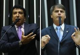 Senador se aproxima de Bolsonaro pensando em 2018