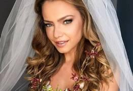 Atriz Milena Toscano se casa no Rio de Janeiro