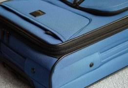 Corpo de homem é encontrado amarrado dentro de mala