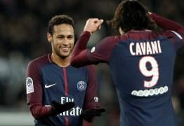 Cavani avisa: 'Neymar é o cobrador de pênaltis do PSG'