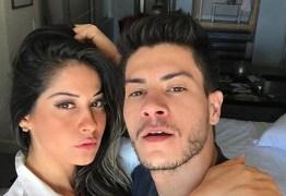 Mayra Cardi se casa com Arthur Aguiar de surpresa e fala de gravidez