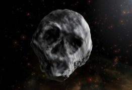 Estranho asteroide em forma de caveira vai voltar a passar perto da Terra em 2018