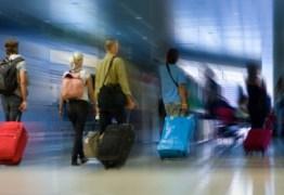 Regras diferentes entre empresas aéreas confundem passageiros na hora de despachar mala