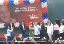 VEJA VÍDEO: Na palestra em João Pessoa Ciro Gomes canta com Mira Maya
