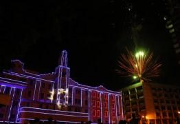 Ricardo Coutinho participa do lançamento da iluminação natalina da Assembleia Legislativa