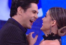 VEJA VÍDEO: Filho de Shaolin pede bailarina do Faustão em namoro ao vivo