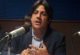 Luís Tôrres desmente números exacerbados de servidores no Governo da Paraíba: 'sensacionalismo barato'