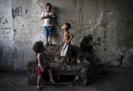 Com auxílio emergencial reduzido em 2021, estudo aponta que o Brasil terá 61 milhões na pobreza