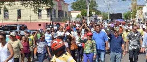 protesto energisa cajazeiras - 'A Paraíba inteira está em gritos contra os aumentos de energia': Jeová Campos reclama de demora para realização de audiência com a Energisa