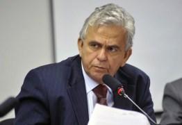 """Deputado Pedro Fernandes diz que não será mais ministro do Trabalho porque foi """"vetado"""" por José Sarney"""