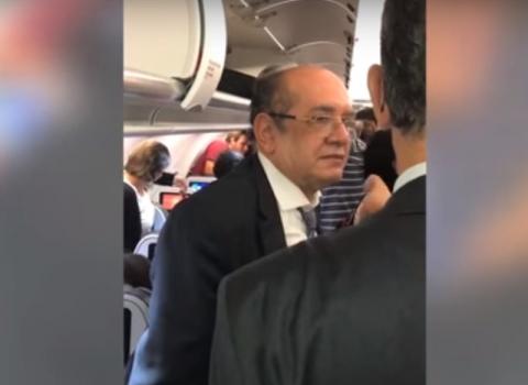 201801280951420000001785 - VEJA VÍDEO: Ministro Gilmar Mendes é hostilizado em voo