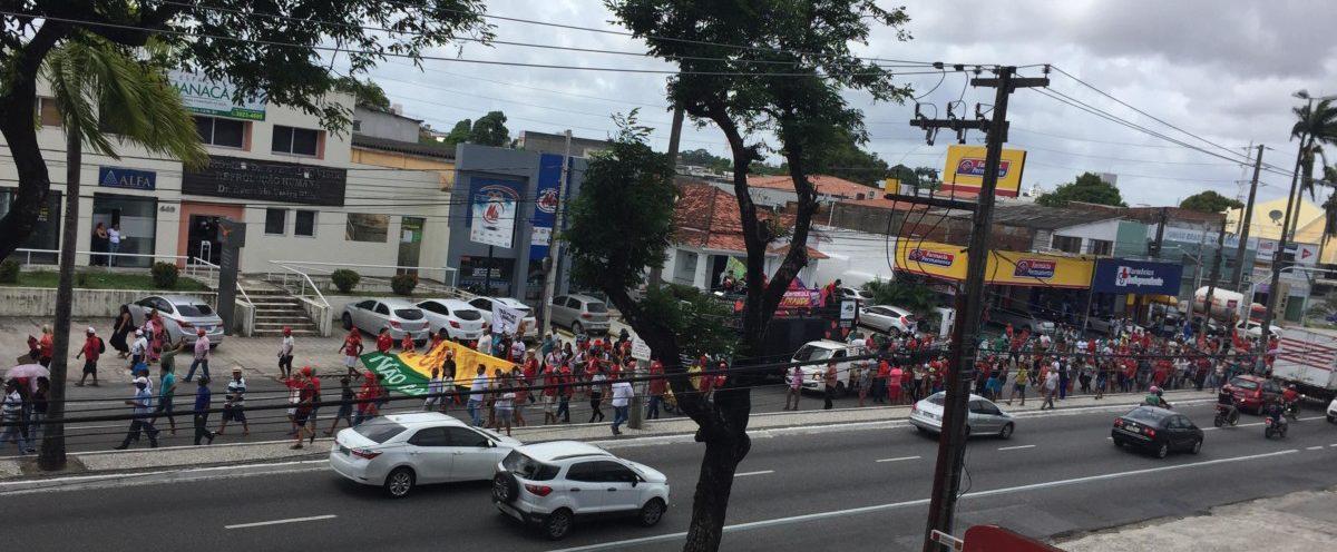 27267528 1607481429331891 1194185454 o e1516798967986 - VEJA VÍDEOS: Manifestantes param trânsito na Avenida Epitácio Pessoa pedindo absolvição de Lula