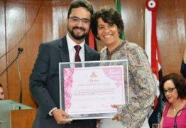 Tibério Limeira confirma apoio à reeleição de Estela Bezerra na ALPB, mas apoio para federal segue em aberto