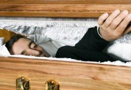 """Preso declarado morto por médicos """"ressuscita"""" em necrotério"""