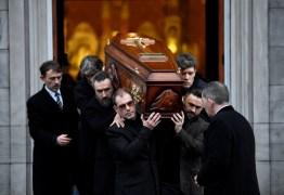 Dolores O'Riordan: fãs se despedem da cantora em cerimônia pública na Irlanda
