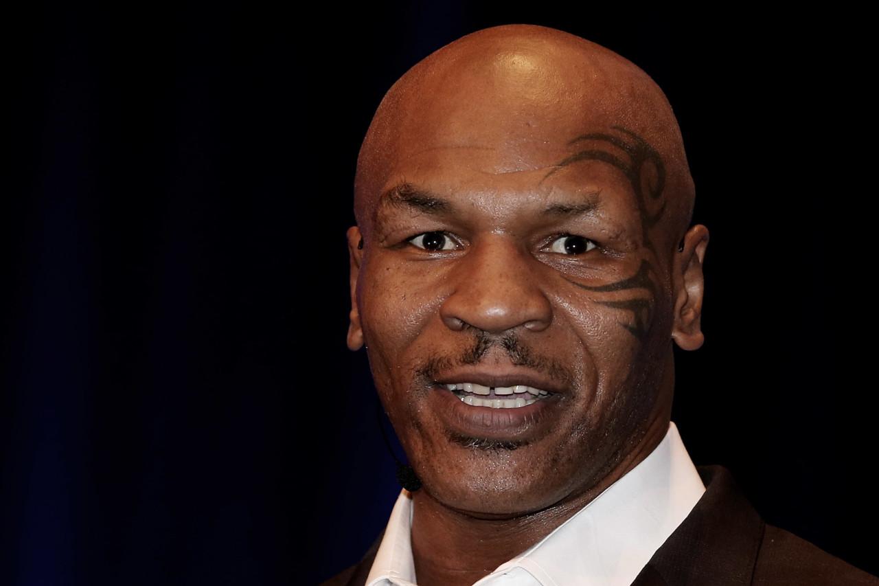 mike tyson - Mike Tyson revela que fuma mais de R$ 150 mil de maconha por mês