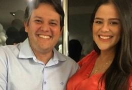 """Primeira-dama de Patos tranquiliza população após sofrer acidente: """"tá tudo bem comigo e com o bebê"""""""