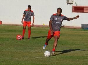 rodrigo silva campinense 300x221 - Já com Rodrigo Silva treinando, Raposa está quase pronta para estreia no estadual