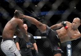 Ronaldo Jacaré nocauteia Derek Brunson e se aproxima ainda mais de luta pelo cinturão do UFC