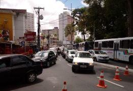 VEJA VÍDEO: Luciano Cartaxo manda erradicar camelôs e categoria faz protestos no Centro de JP