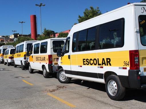 transporte escolar - Taxistas, mototaxistas e motoristas de transporte escolar serão vacinados contra a Influenza nesta terça-feira em Campina Grande