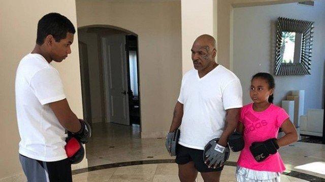 xmike tyson.jpg.pagespeed.ic .BKGu7Tk9zJ - 'Os homens se sentem incomodados', Mike Tyson explica estratégia que adotava para burlar antidoping