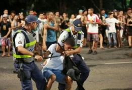 Criança e mais três pessoas são esfaqueadas no domingo de Carnaval