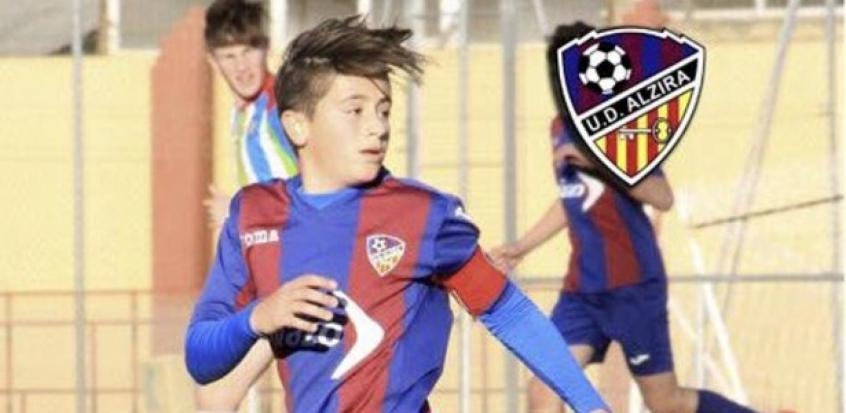 Nacho Barberá - Jogador de 15 anos sofre mal súbito e acaba morrendo