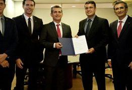Paulo Maia nomeia Otto Cruz como diretor geral da Escola Superior da Advocacia