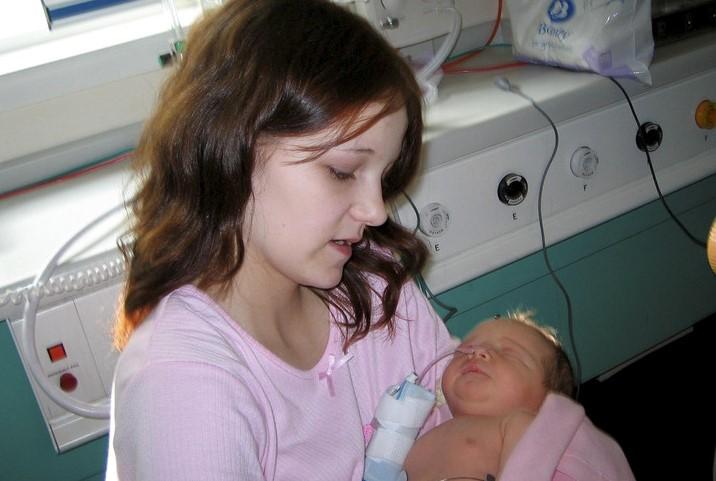 Screenshot 3415 - Jovem que engravidou aos 11 anos comove com relato emocionante