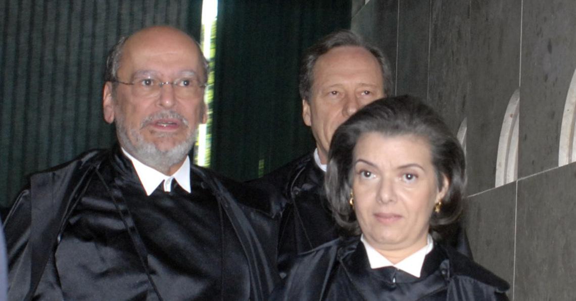 advogado - Ex-presidente do STF, novo advogado de Lula, é primo da presidente do STF