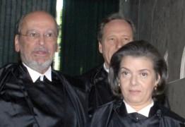 Ex-presidente do STF, novo advogado de Lula, é primo da presidente do STF