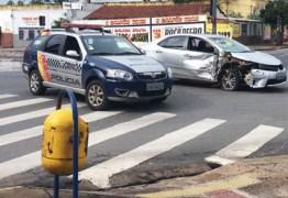 VEJA VÍDEO: Motorista atropela três mulheres em ponto de ônibus