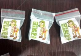 'Chaves' vira embalagem de drogas na Paraíba; polícia prende trio suspeito de tráfico