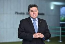 Efraim Filho propõe restringir foro privilegiado, mas votação de relatório é adiada