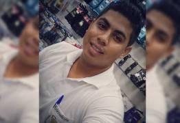 Jovem arremessado de ônibus em movimento morre no hospital