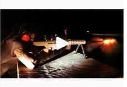Gusttavo Lima divulga vídeo treinando tiro com fuzil e manifesta apoio a Bolsonaro