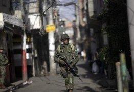 Intervenção no Rio: o medo do morro traz de volta os generais