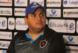 Técnico do Belo elogia entrega dos jogadores e assume responsabilidade por goleada