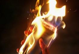 Funcionários da Apple Store acabam no hospital por bateria em combustão