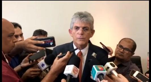 ricardo coutinho - Ricardo entrega obras realizadas com recursos do Pacto pelo Desenvolvimento Social em Alagoa Grande