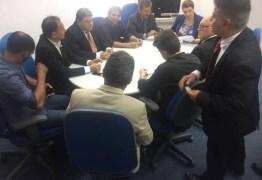Deputados, prefeitos e lideranças pedem reabertura do Banco do Brasil em Taperoá
