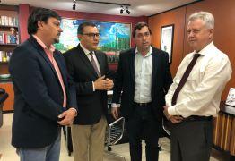 Gervásio Maia se reúne com governador do Distrito federal