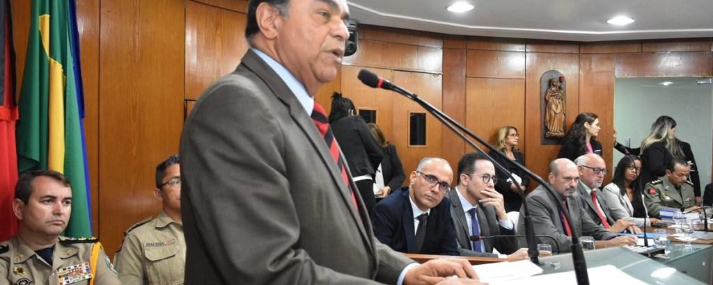 Darlan 1200x480 1024x410 - Proibir e repreender o uso de drogas são políticas fadadas à violência, diz desembargador Siro Darlan na CMJP