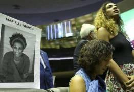'Há sangue nas suas mãos', diz viúva de Marielle Franco a Pezão
