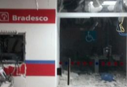 EXPLOSÃO A BANCO: Quadrilha fortemente armada explode Bradesco e Correios na Paraíba