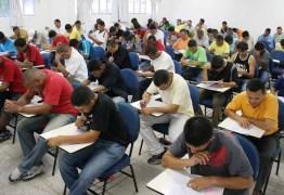 Concursos públicos oferecem 31.052 vagas com salários de até R$ 27,5 mil
