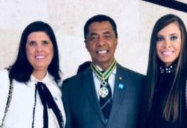 """NINJA NA REDE: filha de Damião Feliciano comemora honraria médica recebida pelo pai: """"Hoje a família está muito feliz"""""""