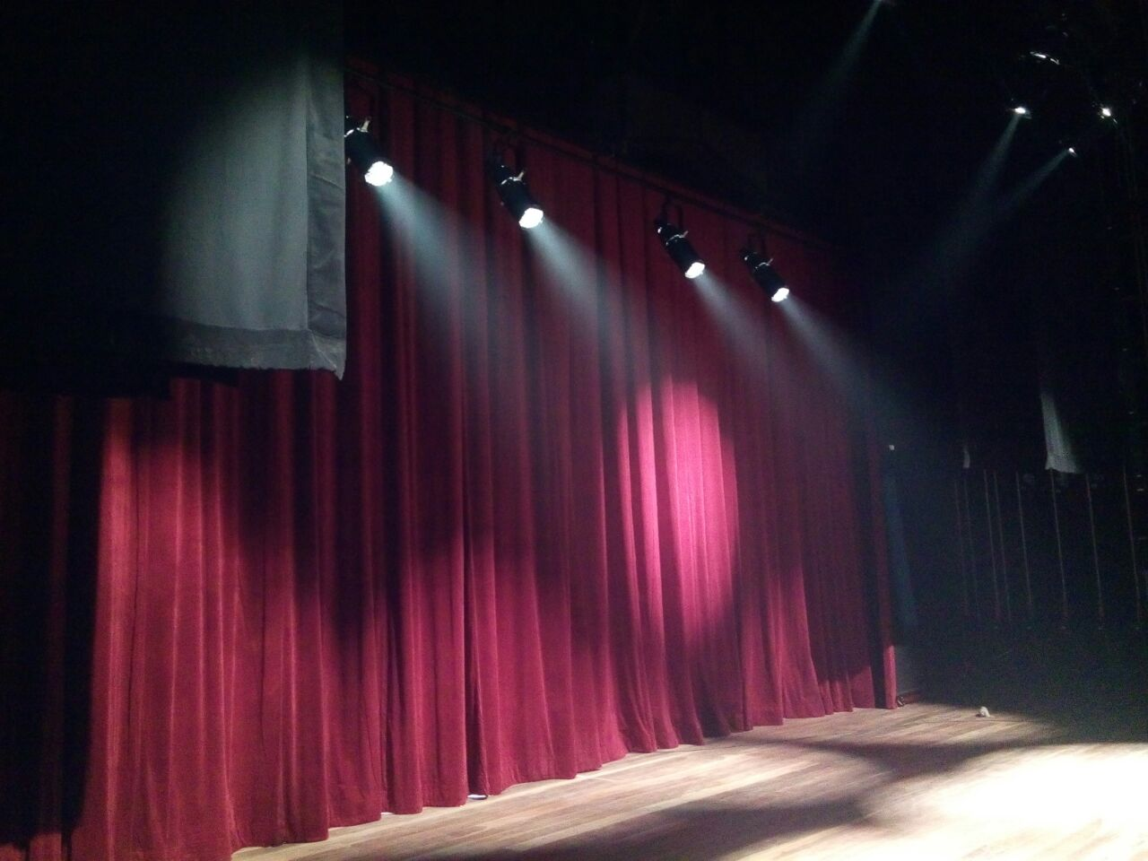 df07cf60 02a6 4df6 9171 1ac2f62c7d3b - Governador Ricardo Coutinho entrega reforma do Teatro Íracles Pires na cidade de Cajazeiras; vídeo